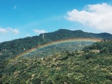 Double rainbow across the sky!